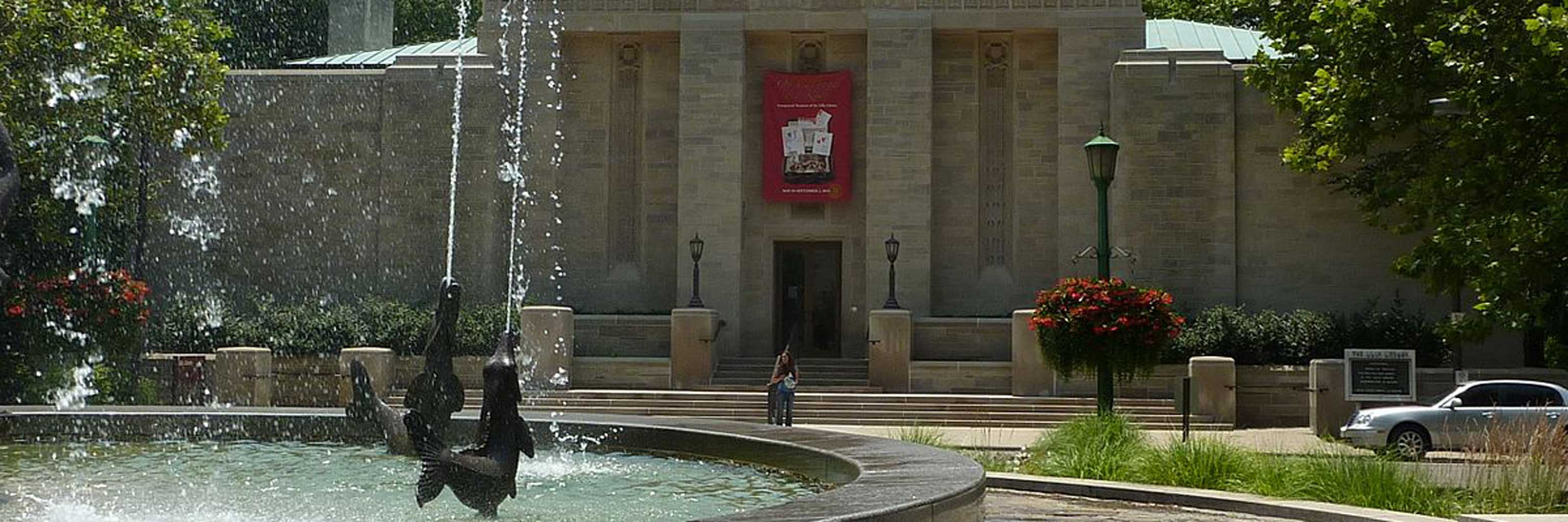 Fountain in front of the Lilly library